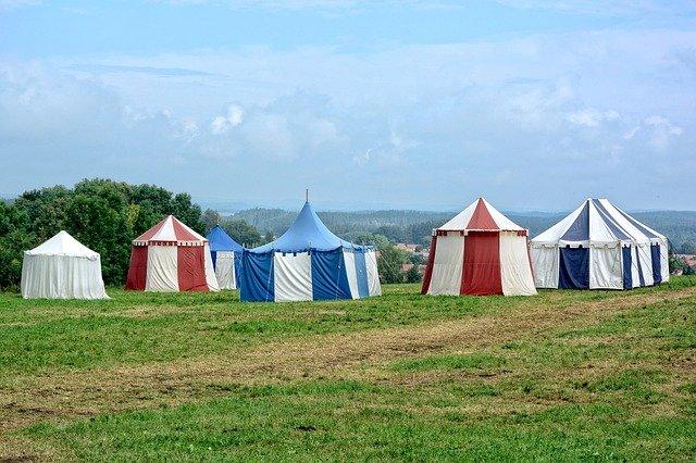 stany na táboře