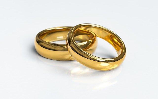 zlaté prstýnky.jpg